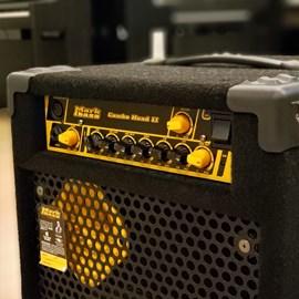 Amplificador Markbass Cmd 121h para Contrabaixo Markbass