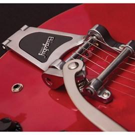 Guitarra Semi Acústica com ponte Bigsby e Captadores P90 Source BVCR-B Cort
