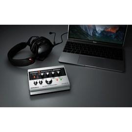 Interface Roland UA 4FX2 Stream Station USB para Streaming Roland