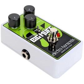 Pedal de Distorção para Contrabaixo Nano Bass Big Muff Pi Electro-harmonix